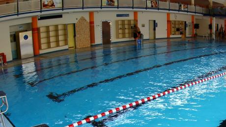 Ist es Aufgabe der Grundschule, den Kindern das Schwimmen beizubringen? Darüber war sich der Dietenheimer Gemeinderat während seiner jüngsten Sitzung uneins.