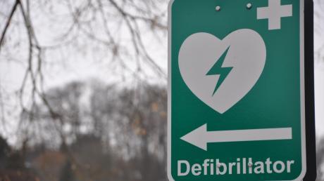 In Altenstadt sollen mehr Defibrillatoren angeschafft werden.
