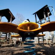 Auf einem Spielplatz in Senden hat ein dreijähriger Bub seinen Bruder aus den Augen verloren.