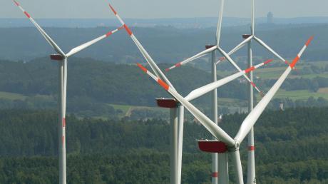 Der Altenstadter Marktgemeinderat hat sich für einen Bürgerentscheid zum Thema Windkraftanlagen im Bereich der Verwaltungsgemeinschaft Altenstadt entschlossen