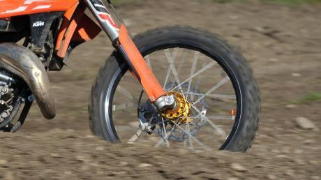 Eine Motocross-Fahrt endete in Nordholz mit einer Anzeige.