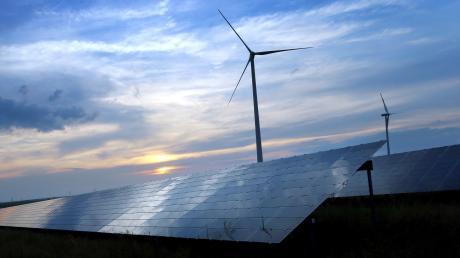 Mit erneuerbaren Energien kann nicht immer gleich viel Strom erzeugt werden. Ein Problem, das MAN lösen möchte.