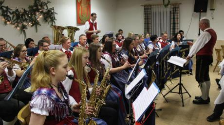 Brillanten Musikgenuss hat die Gannertshofer Musikkapelle den Besuchern beim Jahresabschluss im Vereinsheim geboten.