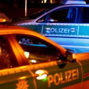 Bei Jettingen-Scheppach mussten Polizisten nachts ausrücken, um einen 20-Jährigen zu suchen.