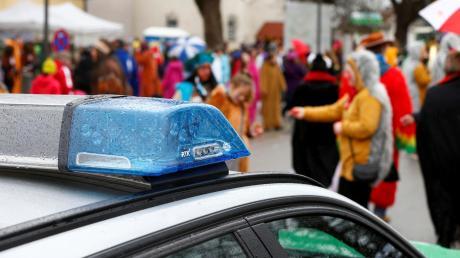 Die Polizei in Friedberg hatte am Weiberfasching wenige Einsätze. Es gab zwei ernstere Fälle, in beiden Fällen mit Betrunkenen.
