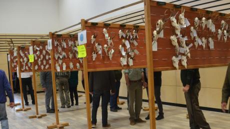 Die jährliche Hegeschau ist für Jagdverbände in Bayern gesetzlich vorgeschrieben, um die Entwicklung im Wildbestand der einzelnen Reviere zu verfolgen.
