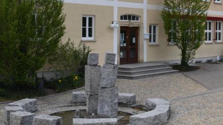 Egg plant den Um- und Ausbau ihrer Schule. Dafür will die Gemeinde 350000 Euro investieren.
