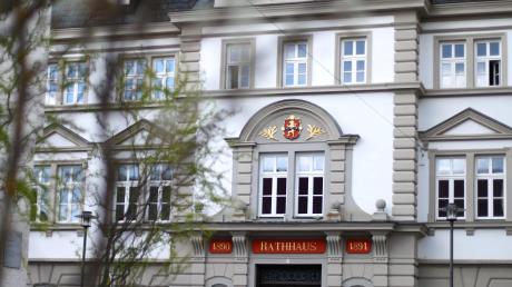 Die Stadträte haben über eine Straße in Tiefenbach diskutiert.