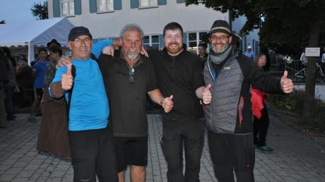 Erschöpft, aber glücklich trafen (von links) Reinhard Rogg, Franz Mensch, Fabian Swoboda und Vorsitzender Peter Grauer wieder in Winterrieden ein.