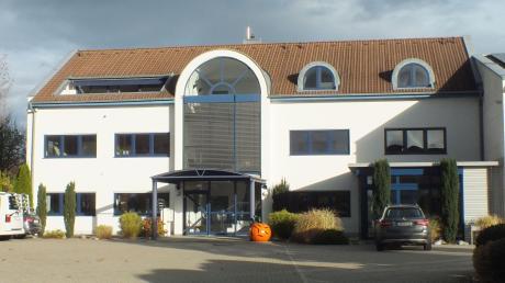 In der linken Hälfte des Gebäudes an der Falkenstraße in Vöhringen soll eine Kindertageseinrichtung eingerichtet werden.