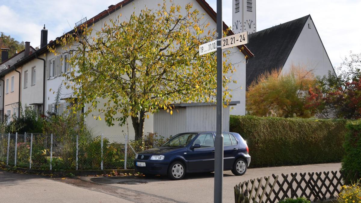 In Bellenberg werden die Leitungen am Kirchplatz saniert - Augsburger Allgemeine