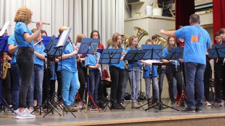 Vie Applaus gab es für die jungen Musiker in Buch.