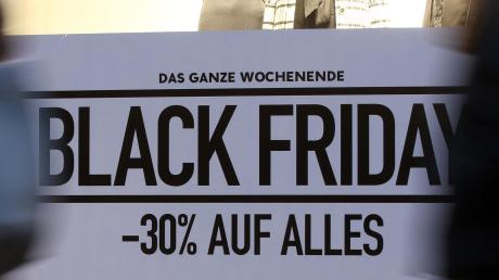 Der Black Friday weitet sich offenbar aus: Tagelang werden satte Rabatte angeboten. Die Einzelhändler in der Region bewerten diesen Trend unterschiedlich.