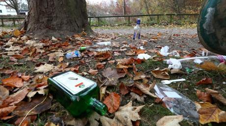 Auch die Kommunen haben mit wilder Müllablagerung zu kämpfen. Parks und Grünflächen sind oft betroffen.