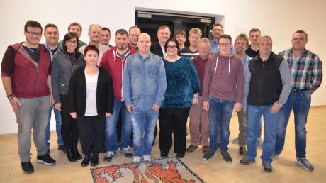 Diese Kandidatinnen und Kandidaten treten in Unterroth bei der Kommunalwahl im kommenden Jahr an. Norbert Poppele will Bürgermeister werden.