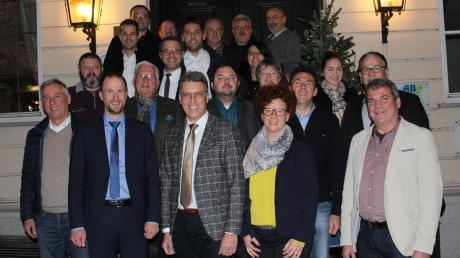 Diese Frauen und Männer wollen einen Sitz im Babenhauser Marktrat ergattern. Der Ortsverband der CSU hat 20 Listenkandidaten und zwei Nachrücker nominiert.