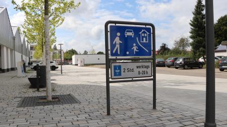 Auf Anfrage mehrerer Senioren rückte der neue Marktplatz in Altenstadt in den Fokus.