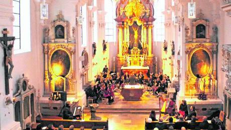 Zahlreiche Besucher kamen zum Adventskonzert in die renovierte Martinskirche in Illerberg. Auch die Musikkapelle Illerberg-Thal spielte