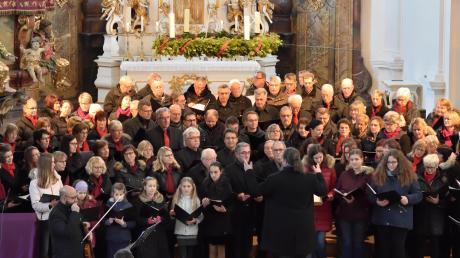 Die Sänger der Liedertafel Babenhausen geben ein Konzert in der Kirche St. Andreas in Babenhausen.