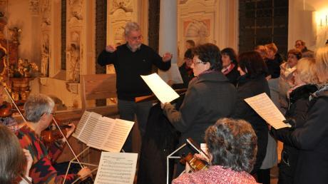Die Sänger und Musiker widmeten ihre Aufführungen dem Komponisten Karl Kempter.