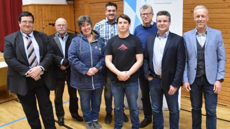 Die Gemeinderatskandidaten des CSU-Ortsverbands Osterberg für die im März stattfindende Kommunalwahl.