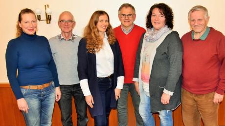 Die Gemeinderatskandidaten von SPD/Bürgerblock Altenstadt für die im März stattfindende Kommunalwahl.