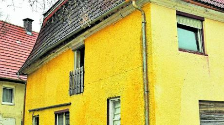 In ein baufälliges Gebäude im Ortskern von Illereichen sollen Wohnungen gebaut werden.