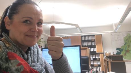 Susanne Schewetzky war bereits bei der Arbeit, als sie um 7 Uhr morgens ihren Namen im Radion hörte. Ein großer bayerischer Radiosender verdoppelt nun ihr Jahresgehalt.