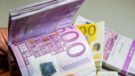 Die Haushaltsberatungen haben in Kettershausen begonnen. Posten sind beispielsweise die Sanierung der Kläranlage und die Beteiligung am Flexibus-System.