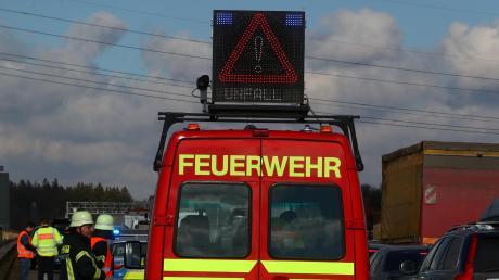 Auf der A7 bei Vöhringen hat am Montagmittag ein Auto gebrannt.