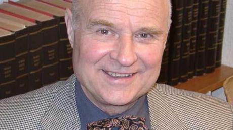 Der Illertisser Rechtsanwalt Hellmut Dantz ist nach kurzer schwerer Krankheit gestorben.