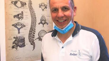 Die Physiotherapeuten Stefanie Jahn-Leisentritt und Hans-Peter Zeller (Bild) behandeln in ihren Praxen weiterhin dringende Fälle.