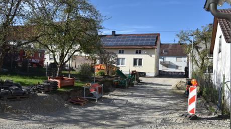 Die Sanierung der Osterberger Judengasse läuft planmäßig ab. Derzeit wird dort das Kanalnetz erneuert.