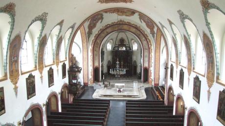 Auch die Kirche St. Michael in Vöhringen blieb in der Anfangsphase der Corona-Pandemie leer. Jetzt dürfen Gläubige hier wieder Gottesdienst feiern – allerdings unter allerlei Auflagen.
