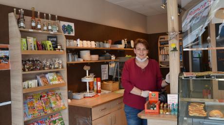 Bianca Pistel-Hämmerle ist es zu verdanken, dass sich der einzige Laden in Unterroth nun schon über ein Jahr halten konnte. Die Geschäftsfrau geht auf die Wünsche der Kunden ein.
