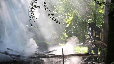 Rauch stieg auf im Wald bei Jedesheim und Bergenstetten.
