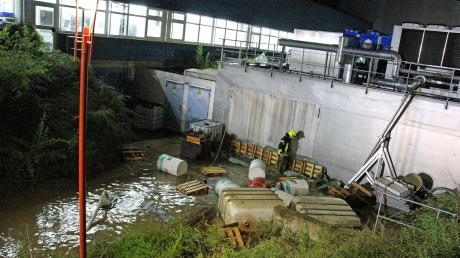 Im Altenstadter Ortsteil Filzingen setzte das Unwetter am Mittwochabend ein Kellergeschoss der Firma Miller Präzisionswerkzeuge unter Wasser. Zur Höhe des entstandenen Schadens kann das Unternehmen derzeit noch nichts sagen.