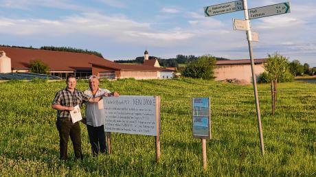 Die Landwirte Michael Boxler aus Boos (links) und Norbert Ruef aus Winterrieden sehen in den geplanten Freiflächen-Fotovoltaikanlagen eine direkte Konkurrenz zur Landwirtschaft.