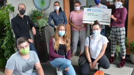 Die Ministranten aus Osterberg-Weiler haben mit ihrem Engagement beim Compassion-Projekt der Jugendstelle Weißenhorn überzeugt.