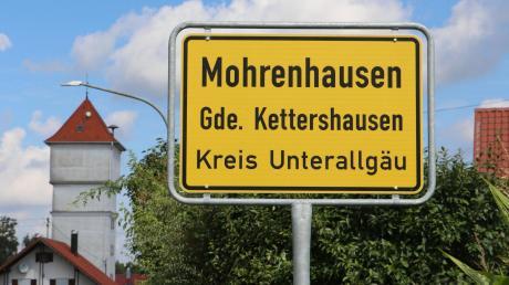 Um möglicherweise rassistische Bezeichnungen von Straßen und Hotels wird gerade viel diskutiert. Das sagen die Bewohner des Kettershauser Ortsteil Mohrenhausen zu ihrem Dorfnamen.