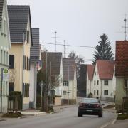 Der heutige Weißenhorner Stadtteil Bubenhausen war während der Herrschaftszeit der Fugger eine Webersiedlung. Diesen historischen Wert will die Stadt Weißenhorn bewahren und Vorgaben in Sachen Denkmalschutz machen. Sanierungen von Bestandsgebäuden werden dennoch erleichtert.