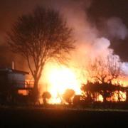 Das ganze Ausmaß des Brandes am Samstag in Tiefenbach ist erst jetzt zu erkennen.