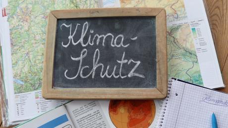 In der Anton-Fugger-Realschule Babenhausen steht Klimaschutz quasi auf dem Stundenplan. Das ist nun mit einem Titel gewürdigt worden.