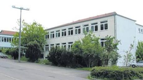 Die Hauptschulen von Illertissen (links) und Buch (rechts) werden Verbundpartner und wollen bald auch Mittelschule sein.