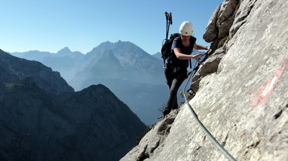 Klettersteig Unfall : Bergwacht bayern einsatz am klettersteig hausbachfall