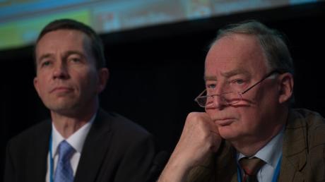 Alexander Gauland (rechts) neben Bernd Lucke: «Die Gefährdung von Schwarz-Gelb ist nicht unser Ziel», sagte das AfD-Vorstandsmitglied.