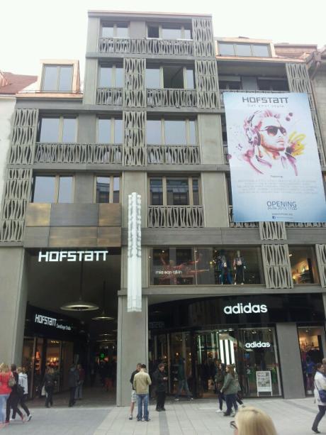 München: Früher Zeitung, heute Shoppen: Neue Einkaufspassage