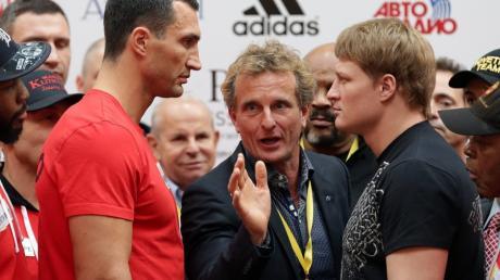 17,18 Millionen Euro wechseln die Besitzer, wenn Dreifachchampion Wladimir Klitschko (links)  und Weltmeister Alexander Powetkin am Samstag (20.15 Uhr/RTL) in Moskau aufeinandertreffen.