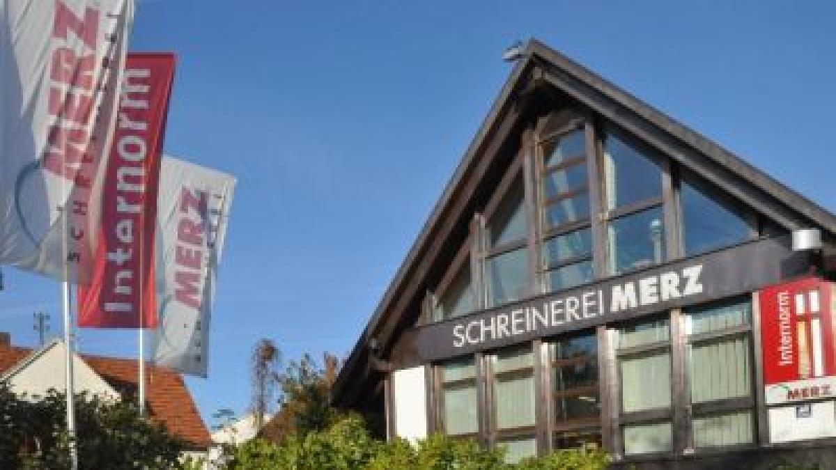 schreinerei merz aichach oberbernbach unternehmen aus der region augsburger allgemeine. Black Bedroom Furniture Sets. Home Design Ideas