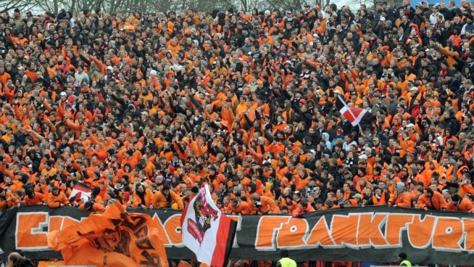 Europa League Eintracht Frankfurt Das Hat Es Mit Fans In